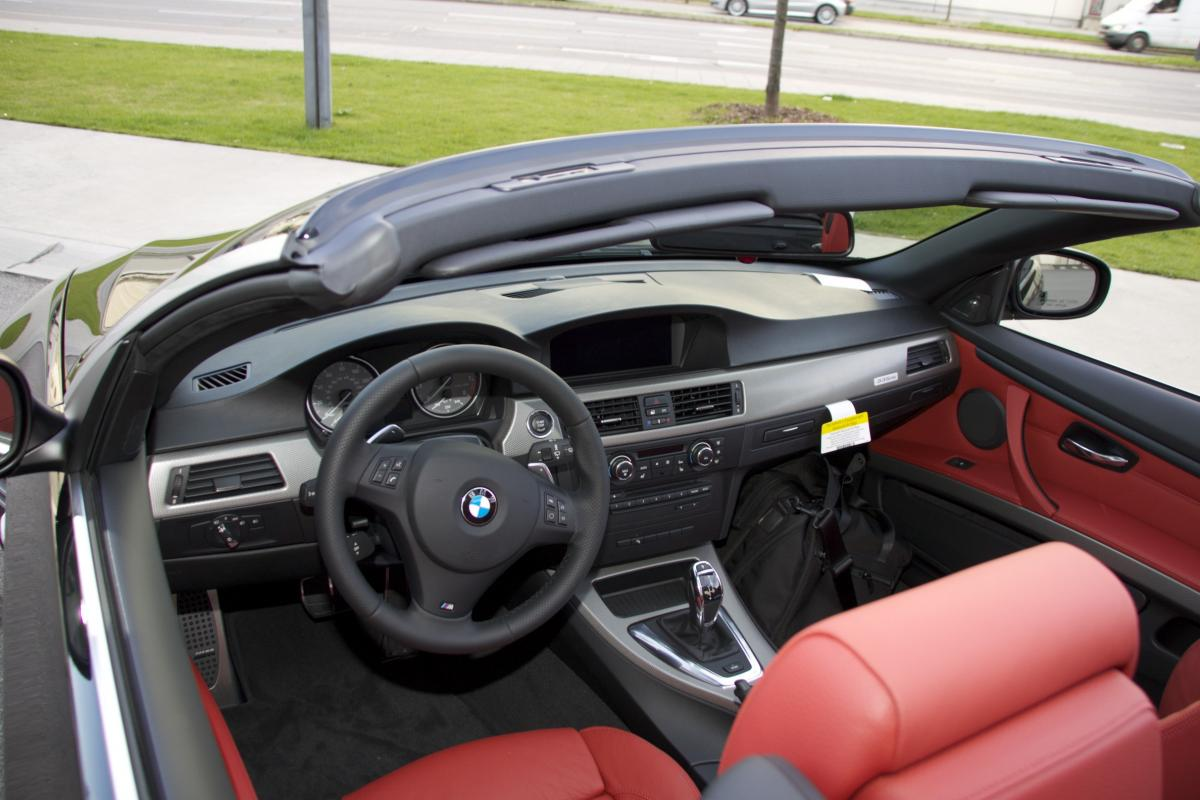 Click image for larger version Name: 2010.09.20.BMW 335is BMW Welt 067 ...