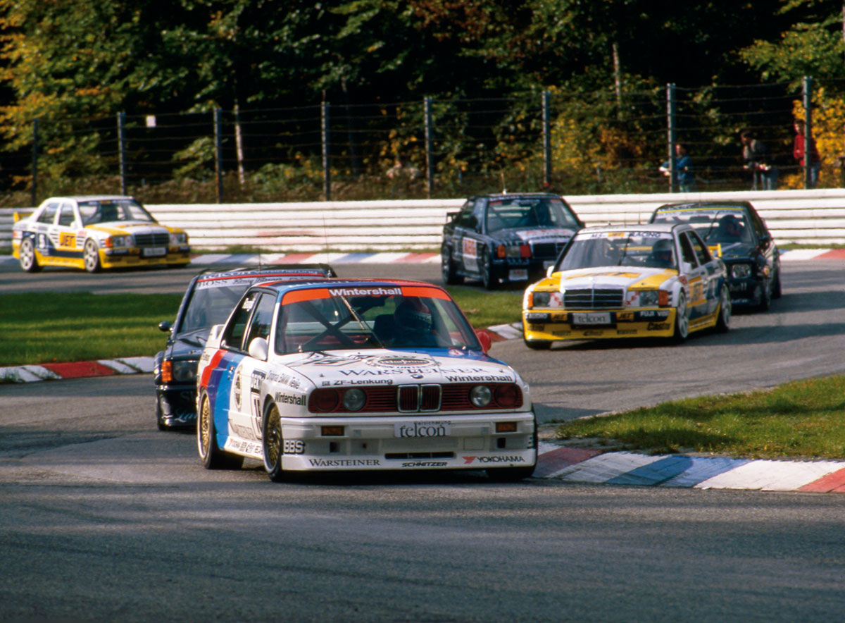 25 years of touring car racing - the BMW E30 M3