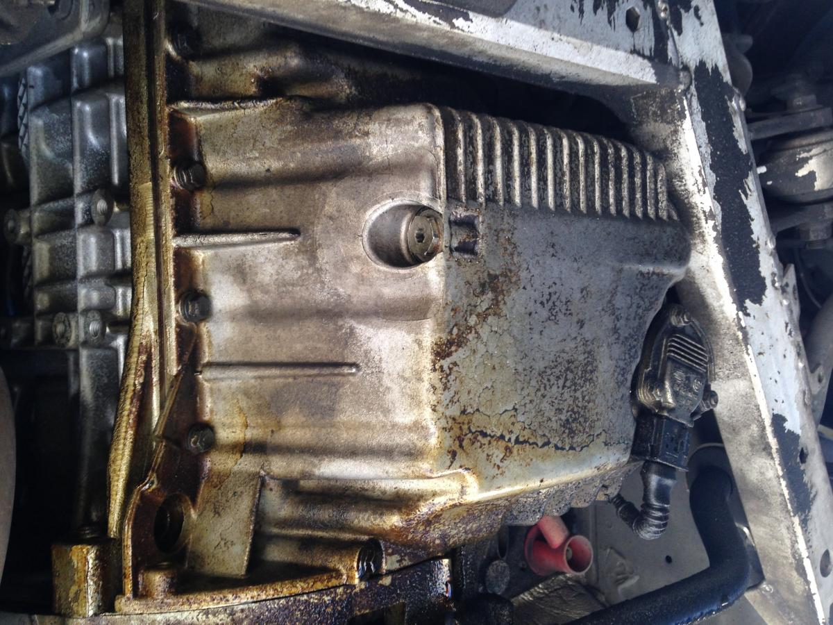 Who Has a Stripped Oil Pan? This guy - Bimmerfest - BMW Forums