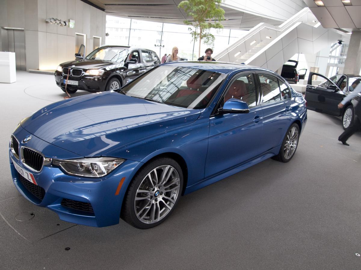 F30 BMW 3 series in Estoril Blue