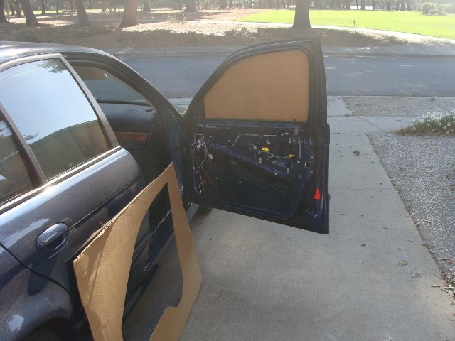 Tips and tricks for replacing passenger side window glass in 2002 e39 bimmerfest bmw forums for 1993 bmw 325is interior door panel