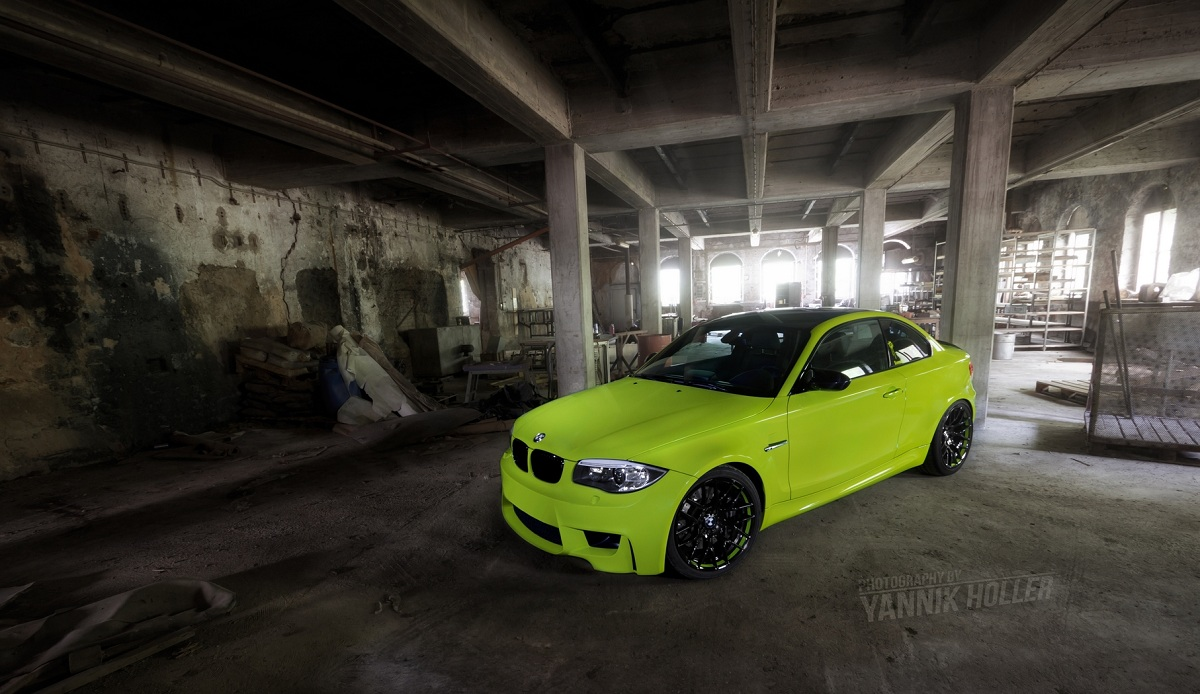 BMW 1 M Coupe in Irie Green