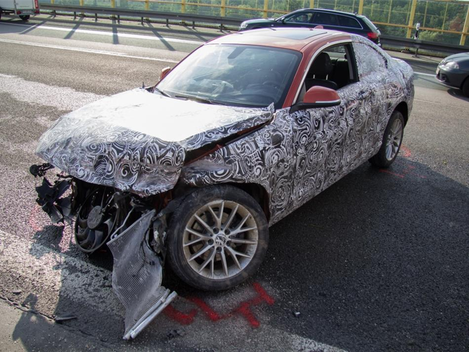 BMW 2 series crash