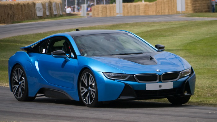 2016 BMW i8 pricing and ordering guides