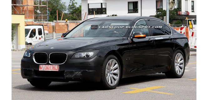 BMW 7 Series F01 facelift LCI spied
