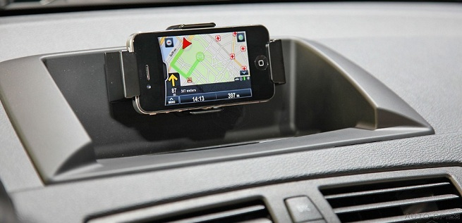 BMW X3 with Apple iPhone Dash Integration - Photos from AutoSpies at the Paris Auto
