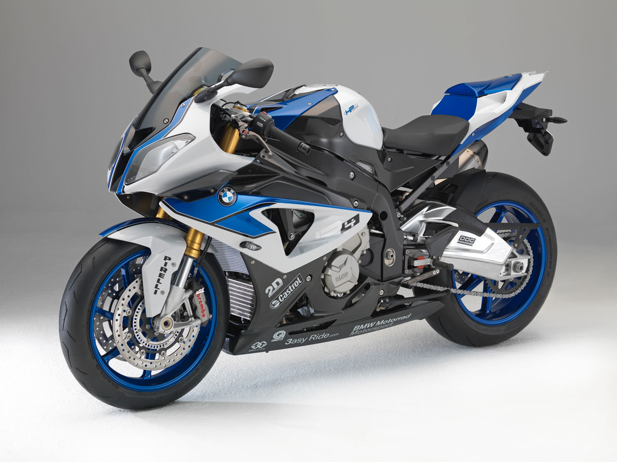Race debut for BMW HP4 supersport bike based on S 1000 RR