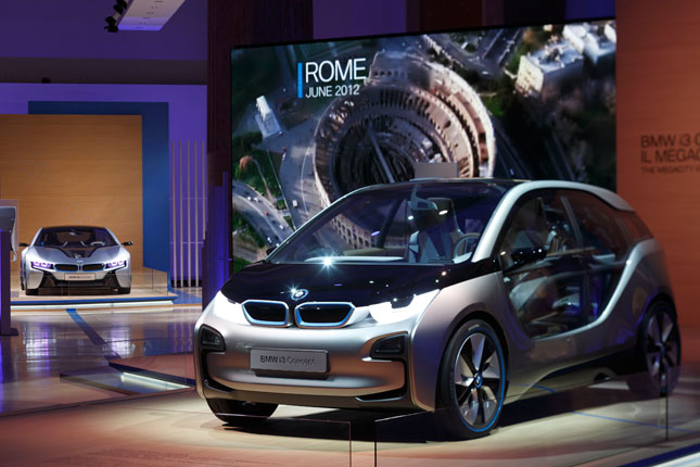 BMW i3 and BMW i8 on world tour