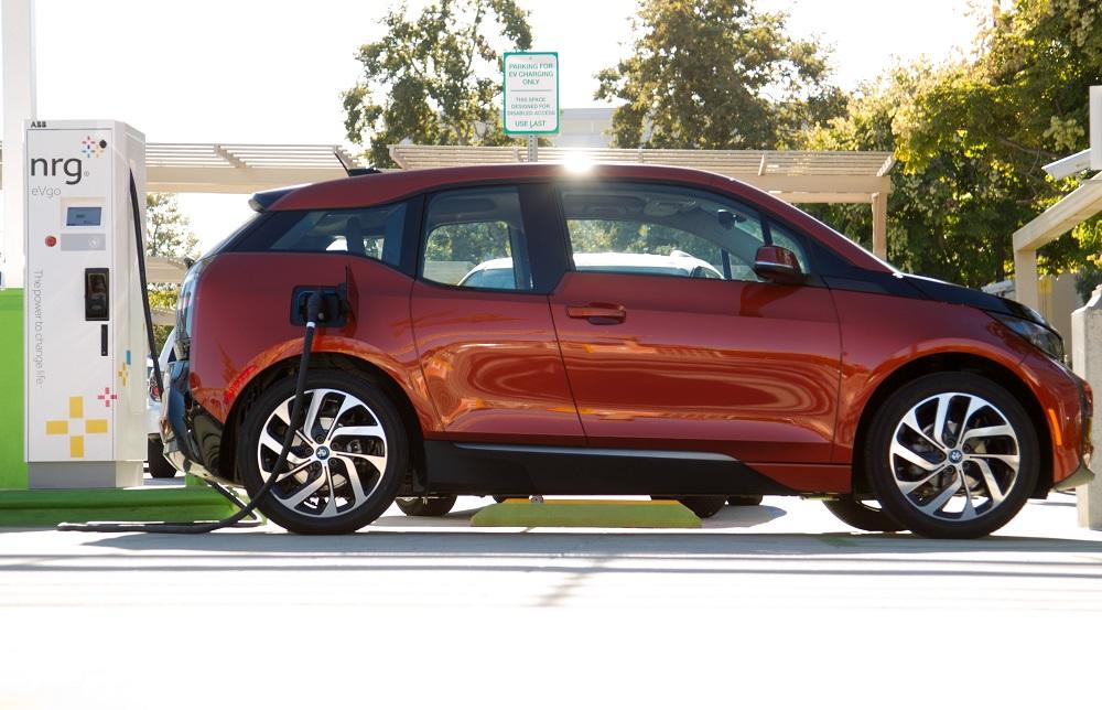 BMW i3 dc fast charging