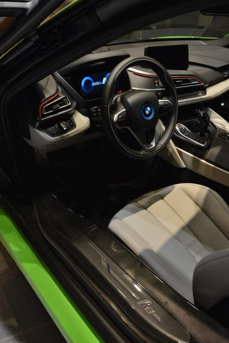 Bmw I8 In Lime Green Love It Or Hate It Bimmerfest Bmw Forums