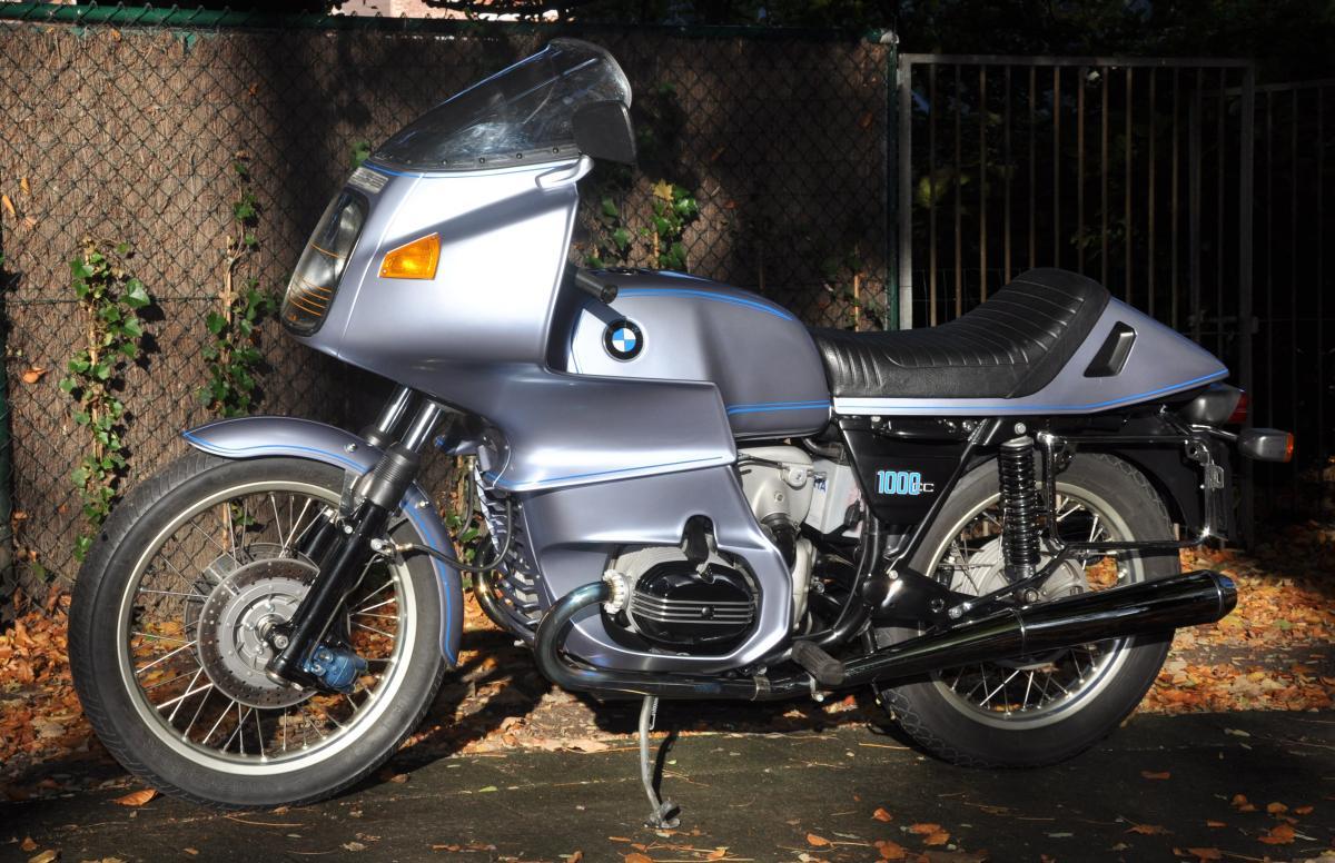 Custom Bmw R100rs Cafe Racer Is Beautiful In Blue Bimmerfest Bmw Forum