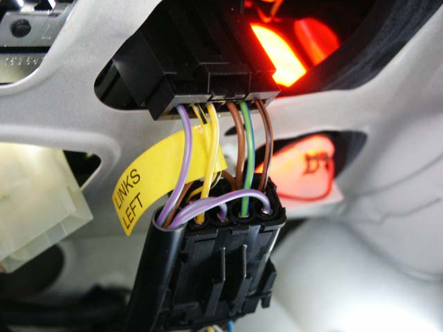 E39 Taillight Leds And The Corroded Female Tail Light