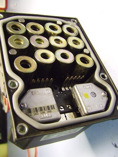 ABS DSC module rebuild by Module Masters and DIY