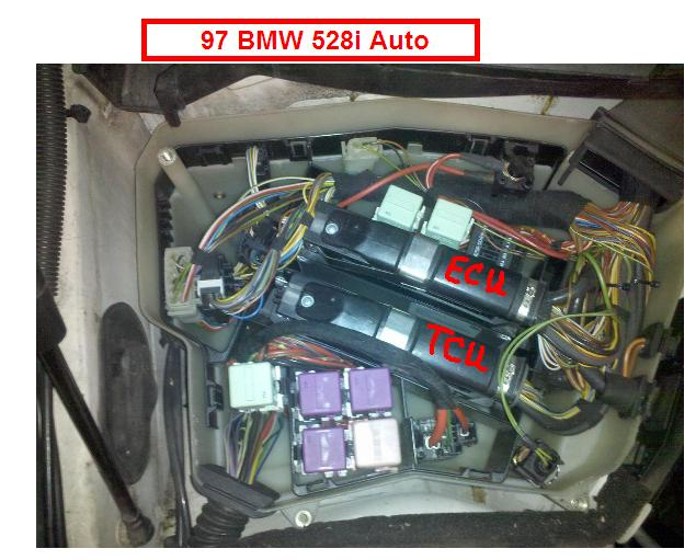 request clarification of what is inside the ebox under the and this again from cn90 has the fuses but doesn t explain them e39 1997 2003 > wiper relay location e39 1997 2003 > windshield wipers not