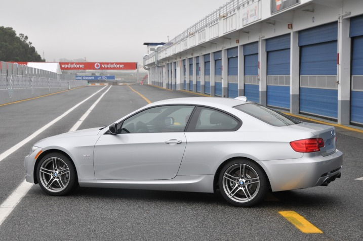 BMW News: Edmunds - 2011 BMW 335is First Drive - Bimmerfest - BMW Forums