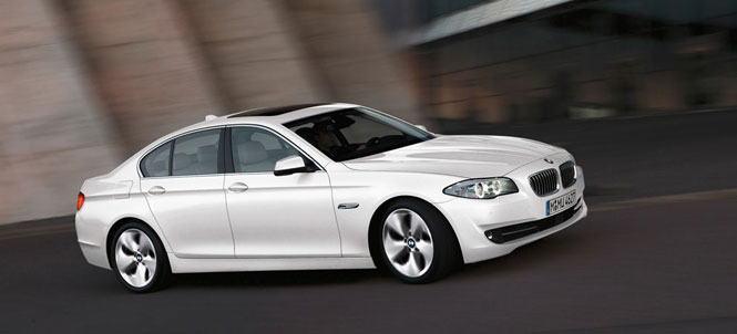 BMW 5 Series is the premium segment leader in 2012 with 359,016 sold
