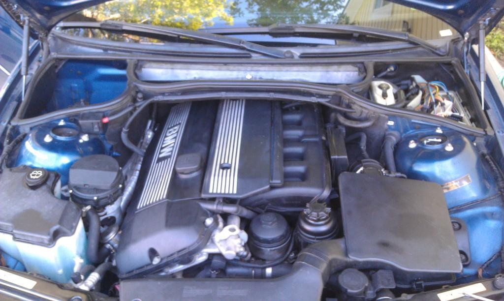 ABS, DSC, BRAKE lights on & Speedometer not working  Help