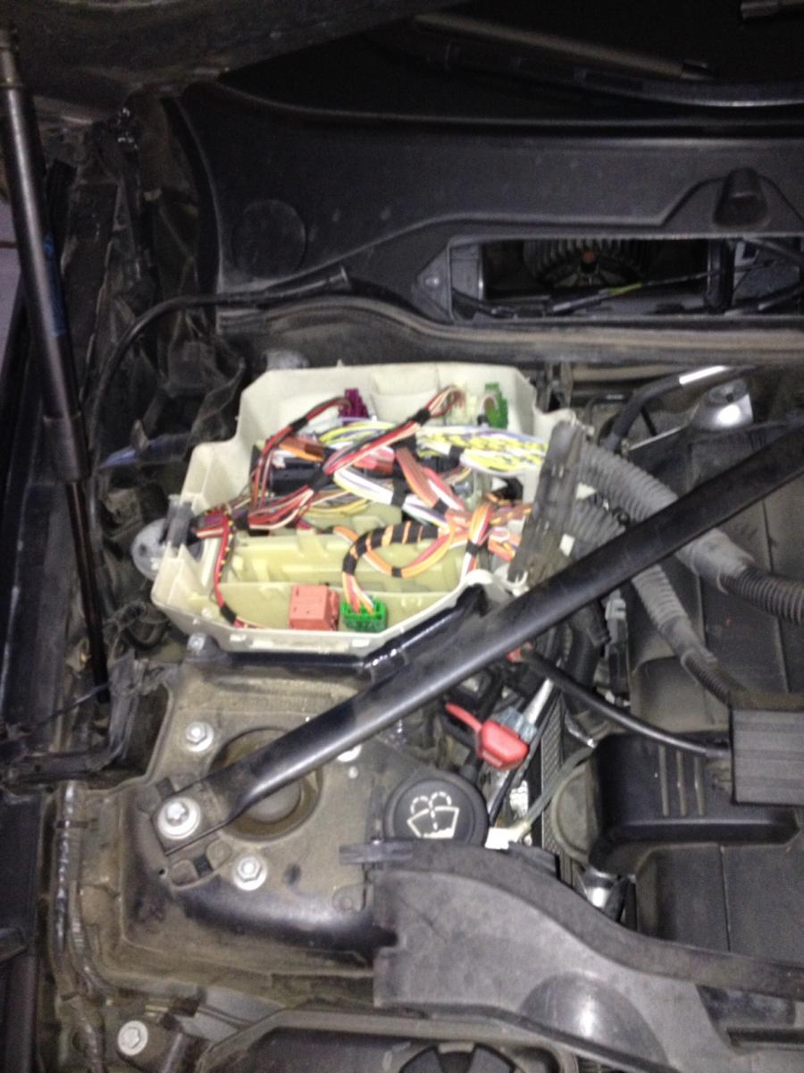 Cool BMW E90 Fuse Box Under Hood Contemporary - Best Image ...