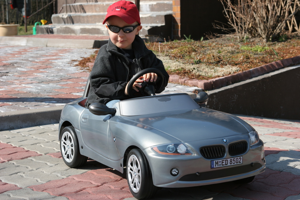 5 facts about kids and car safety