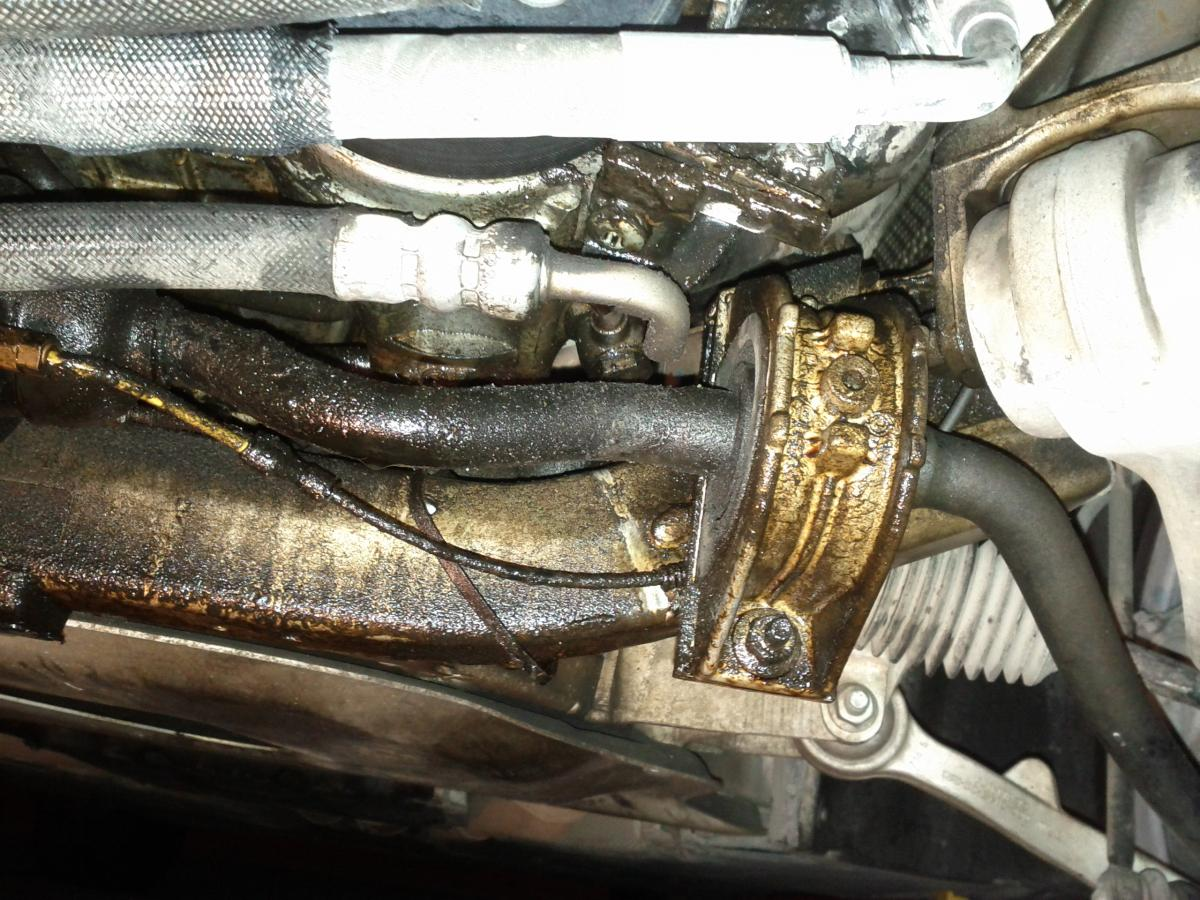 bmw e65 alternator bracket oil leak