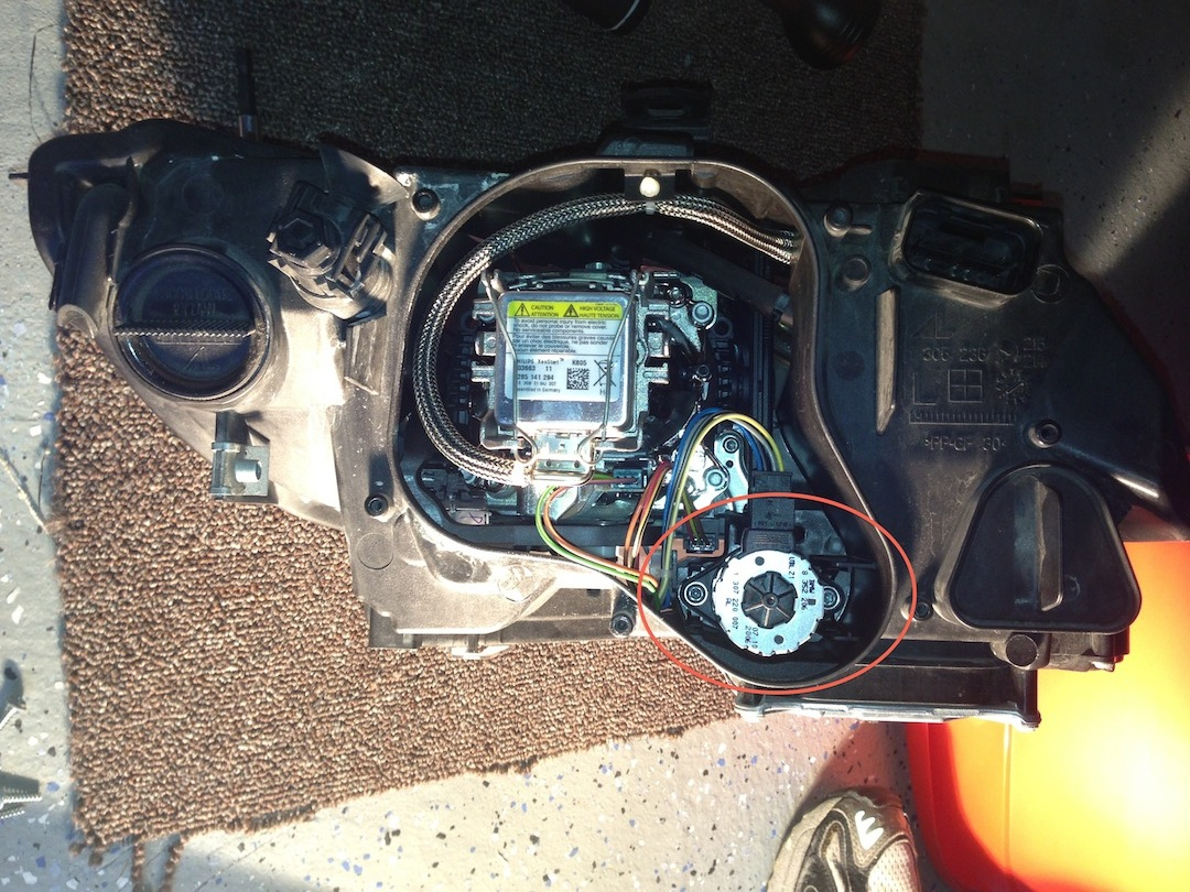 Adaptive headlight issue, code clearing w/ BMWhat, dash