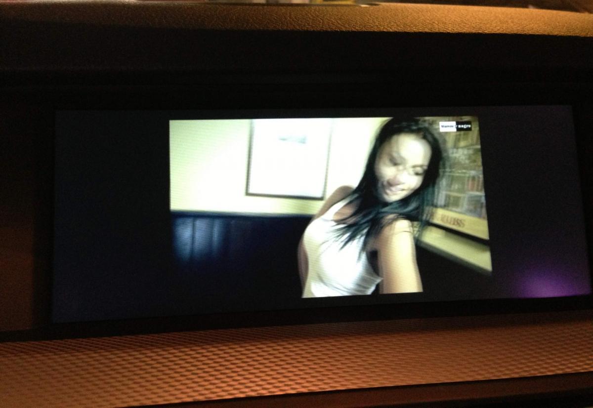 Full screen in Iphone video playback? - Bimmerfest - BMW Forums