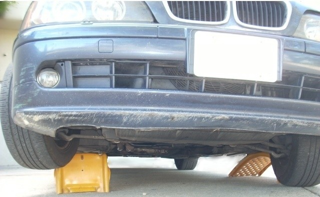 Diy homemade wooden ramps for your car bimmerfest bmw forums solutioingenieria Image collections