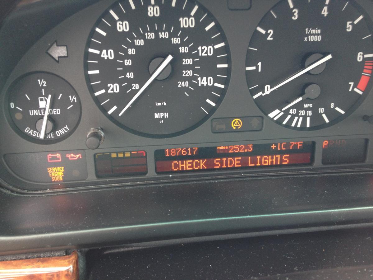 06 bmw x5 check side lights