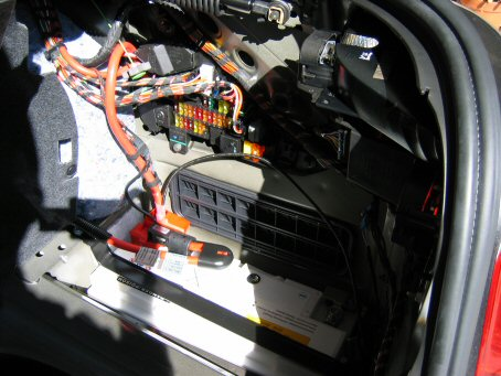 e60 how access rear fuse box bimmerfest bmw forums click image for larger version rearfuse battery