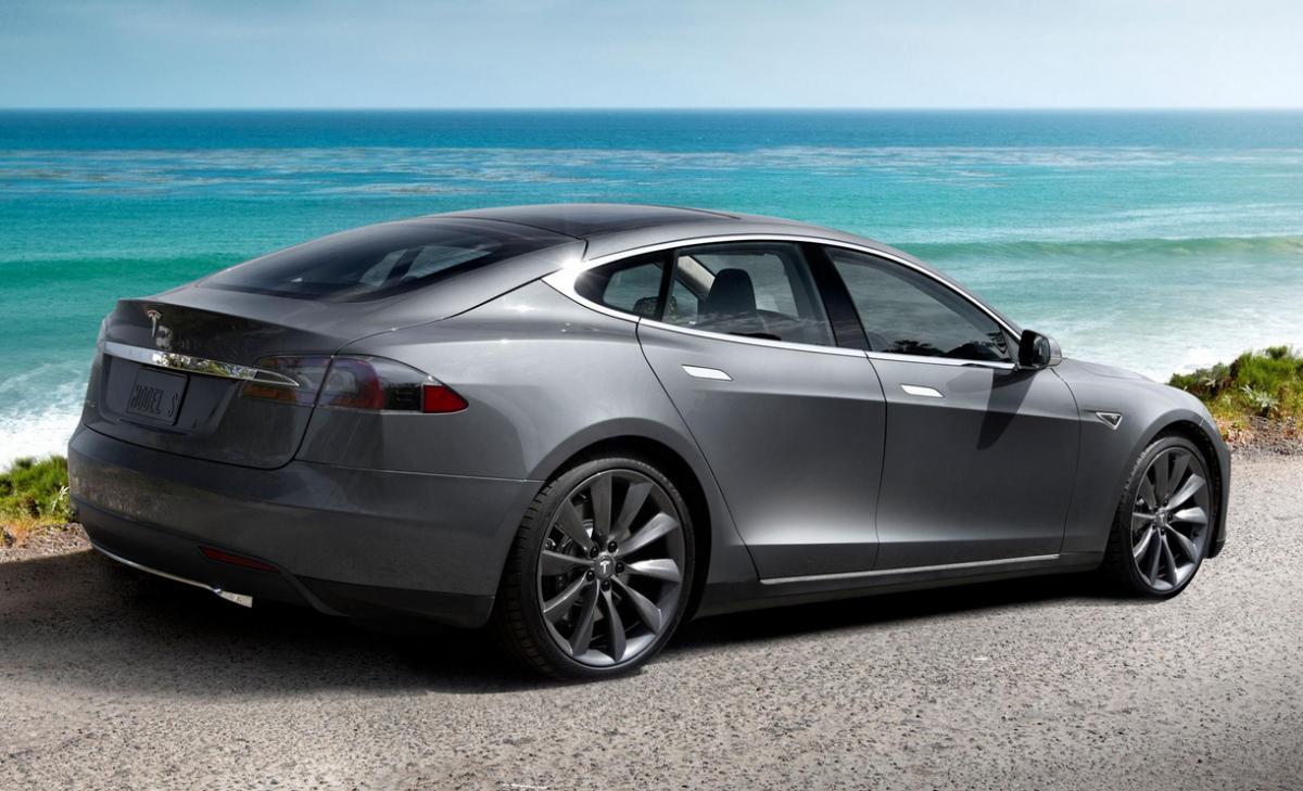 Tesla Series Killer Model E Coming To Detroit In BMW News - 2015 bmw suv models