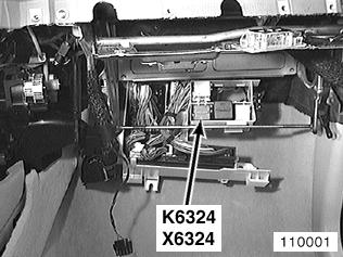 Attachment on 2003 Bmw 325i Fuse Box