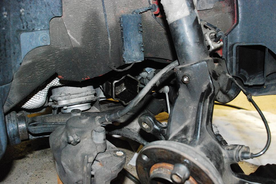 Removing 325xi front drive axle - Bimmerfest - BMW Forums