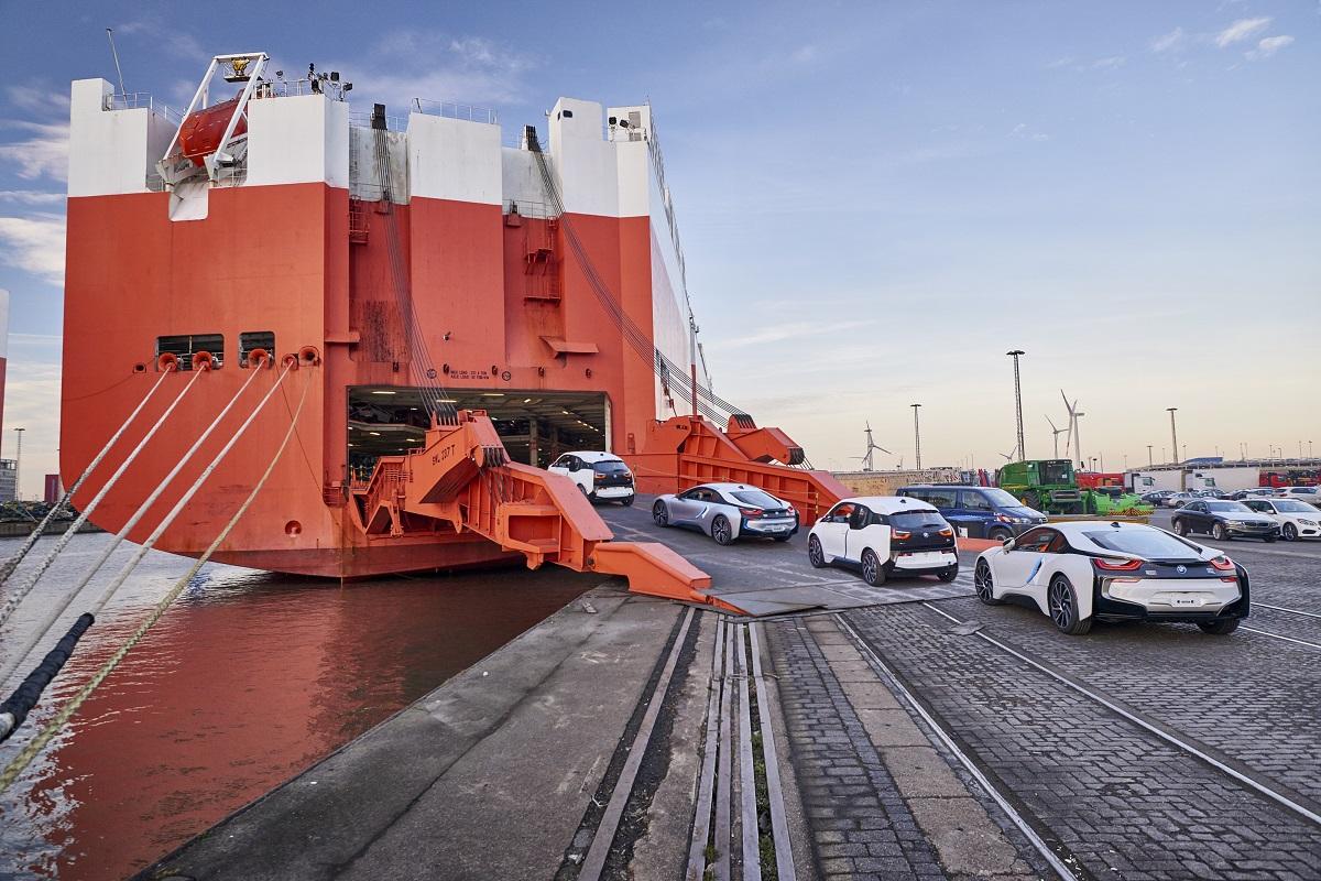 BMW i3 i8 100000 deliveries