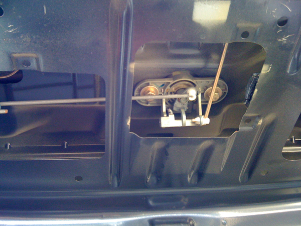 E36 trunk is stuck please help - Bimmerfest - BMW Forums
