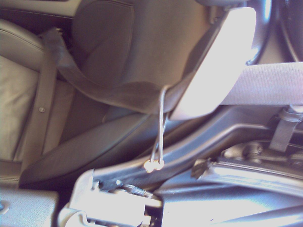 Awe Inspiring Z4 Seatbelt Chafing Neck Bimmerfest Bmw Forums Short Links Chair Design For Home Short Linksinfo