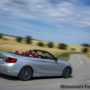 2015-bmw-2-series-convertible-054