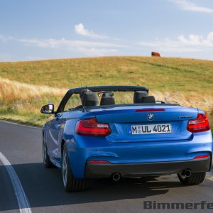 2015-bmw-2-series-convertible-055
