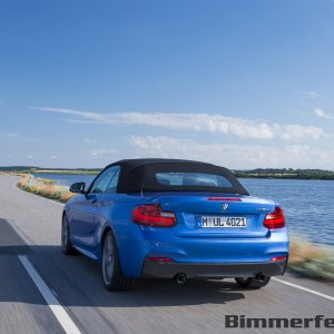 2015-bmw-2-series-convertible-057