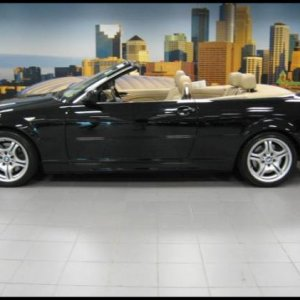 2005 BMW 330CiC Jet Black