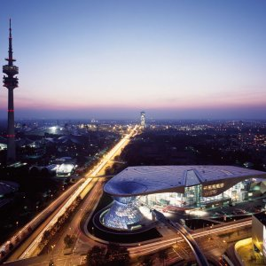 The-BMW-Welt_30