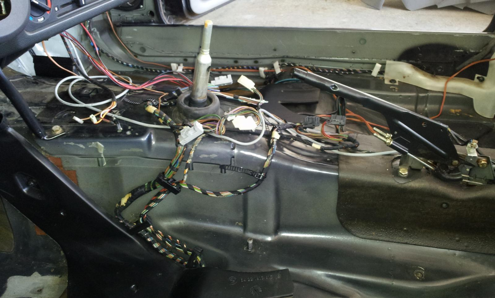 How To Install Heated Seat Wiring Kit From A E30 R3vlimited Forums Harness Connector Over Trans And Towards Passanger Side In Front Of Rails
