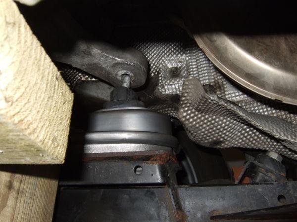 XI engine mount replacement -need advice - Bimmerfest - BMW